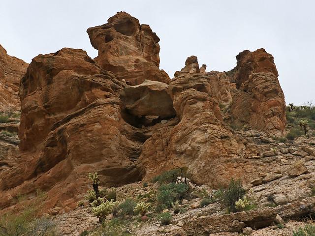 Rock Forms Near my Lunch Spot 7D2_5871