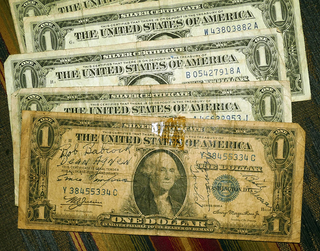 review of safe deposit box contents, 5 $1 silver certificates 3-20*