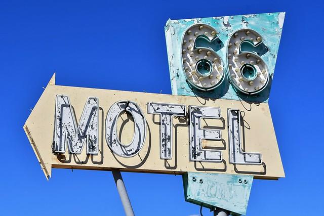 S1  R2O_2127   66 Motel Needles CA