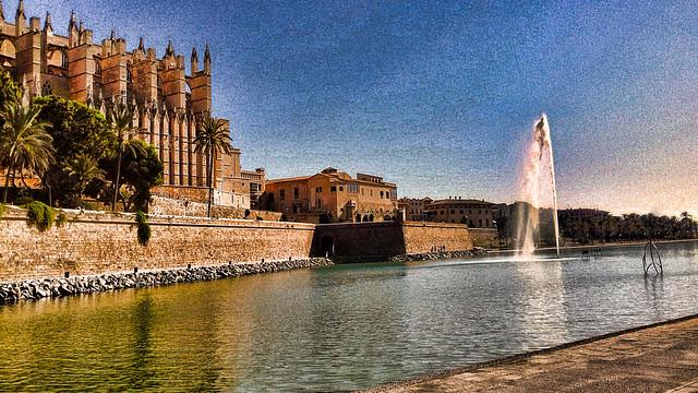 Palma de Majorque, au pied de la cathédrale.
