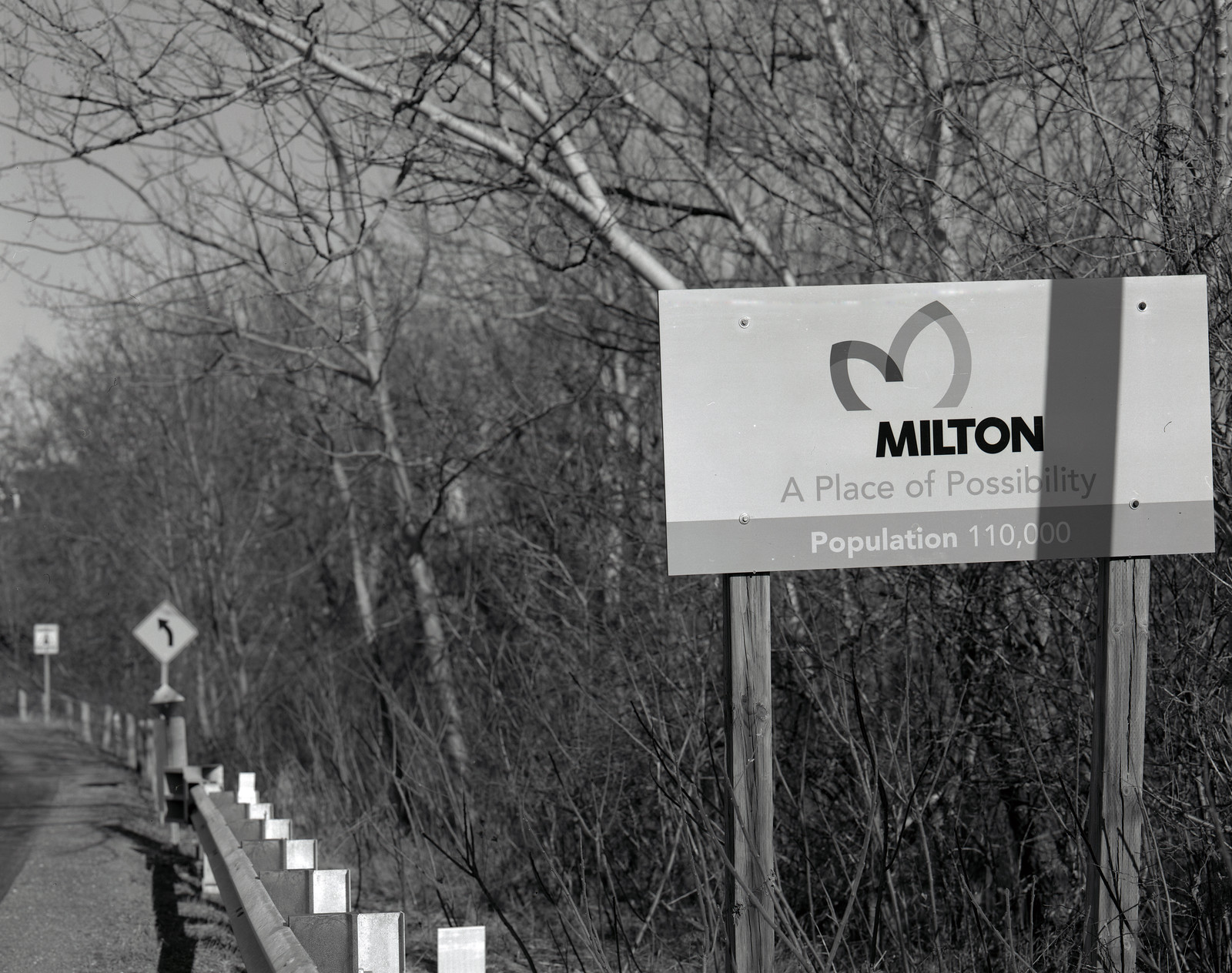HomeTown - 01 - Welcome to Milton