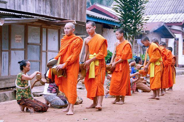 Offrandes.. / Offerings..Laos Album
