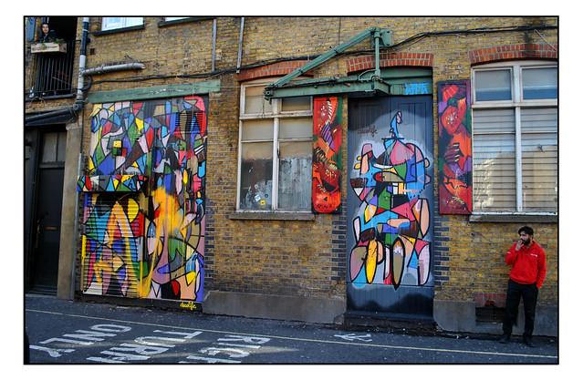 LONDON STREET ART by DECOLIFE