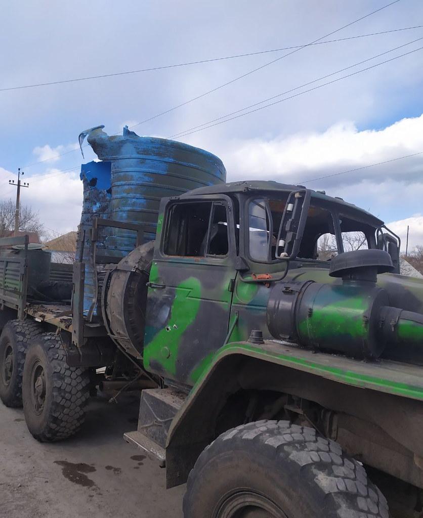 Camion bombardé par l'armée ukrainienne