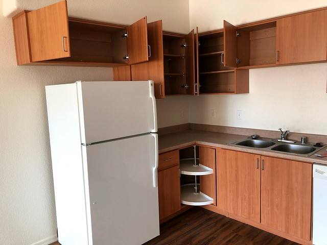 IMG_2474 fridge corner
