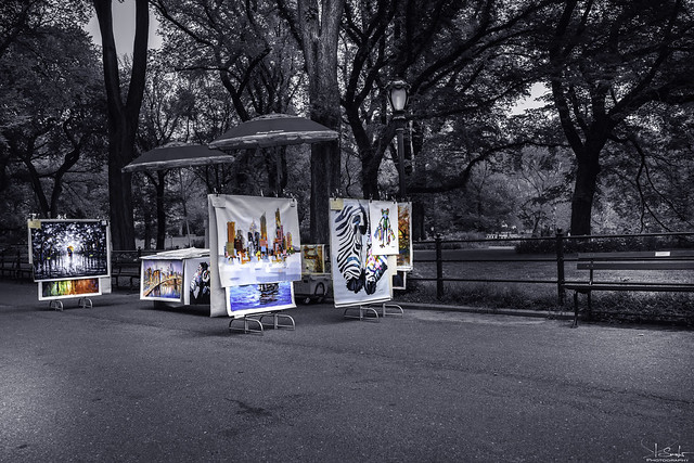 Arts in the Mall way in Central Park New York - USA