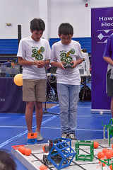 Hawaiian Electric at the Hawaii State Middle School VEX IQ Championships — Feb. 29, 2020: Teamwork! This duo worked together during a portion of the competition.