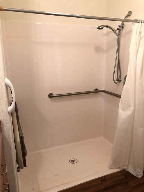 IMG_2478 walk in shower