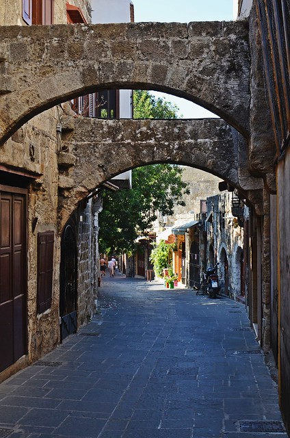 shady street :)