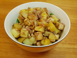 Roasted Potatoes and Tofu