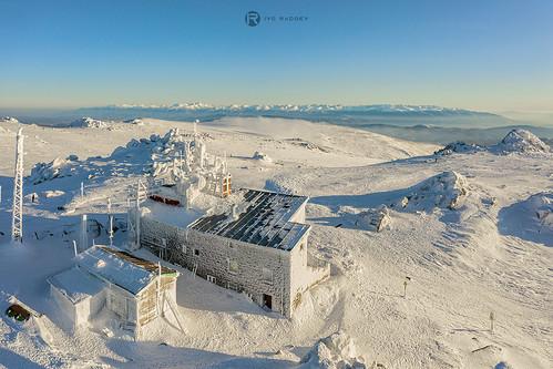 vitosha mountain bulgaria cherni vrah peak mount 2290 sunset winter scene snow landscape