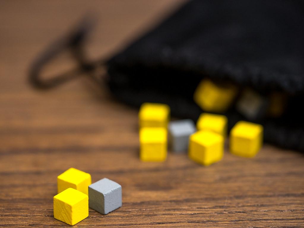 puñado de meeples fistfull boardgame juego