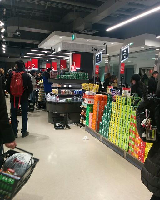 Empty shelves, Metro, College Park (8) #toronto #collegepark #metrogrocery #grocerystore #shopping #coronavirus #latergram