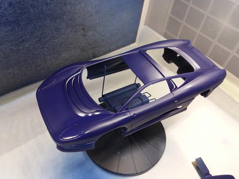 *Montage pas-à-pas* Jaguar XJ 220 [Revell 1/24] 49670349906_536238dbd6_c