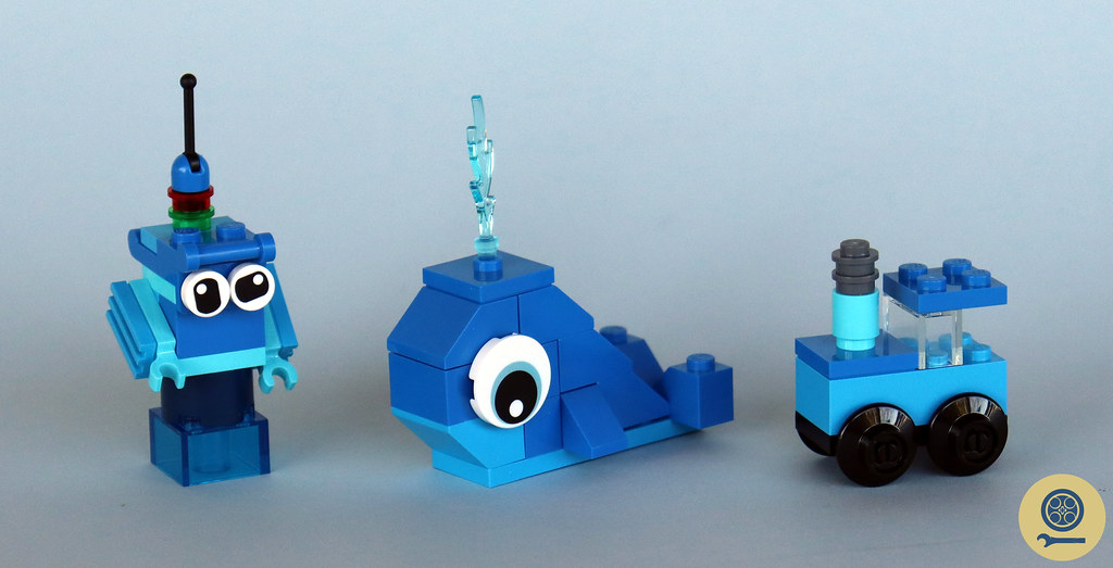 11006 Creative Blue Bricks 1