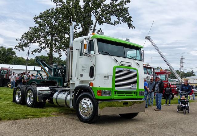 Sea Air Land Logistics' Freightliner COE Semi Tractor