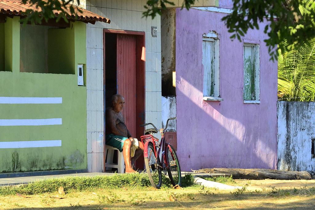 Vida que passa devagar em Ponta de Areia