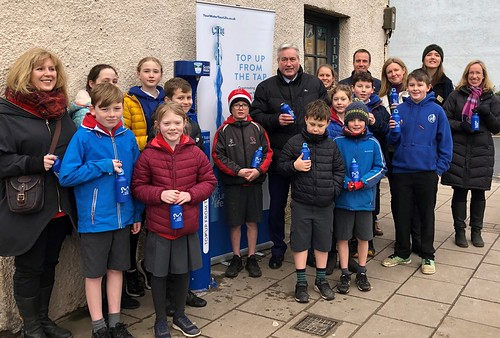 Supporting the launch of East Lothian's first Top up Tap in North Berwick | by Iain Gray MSP