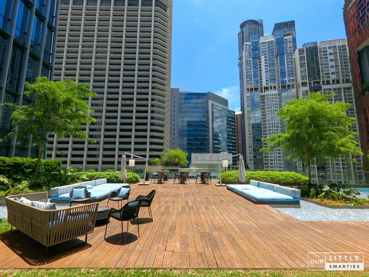 Sofitel Singapore City Centre Pool