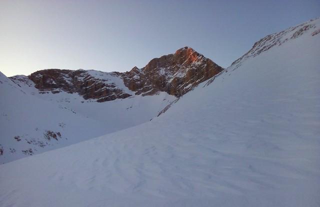 First sunlight on our goal, Alaca Dağı by bryandkeith on flickr