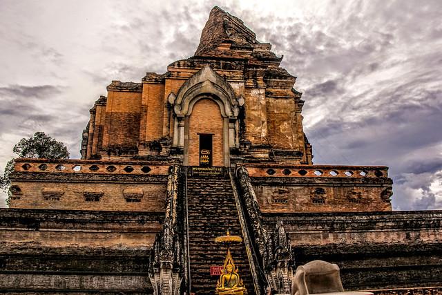 Wat Chedi Luang, Chiangmai, Thailand