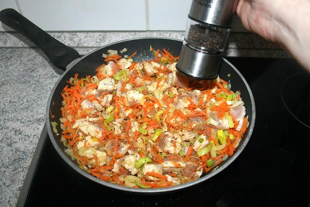 22 - Mit Salz & Pfeffer abschmecken / Taste with salt & pepper