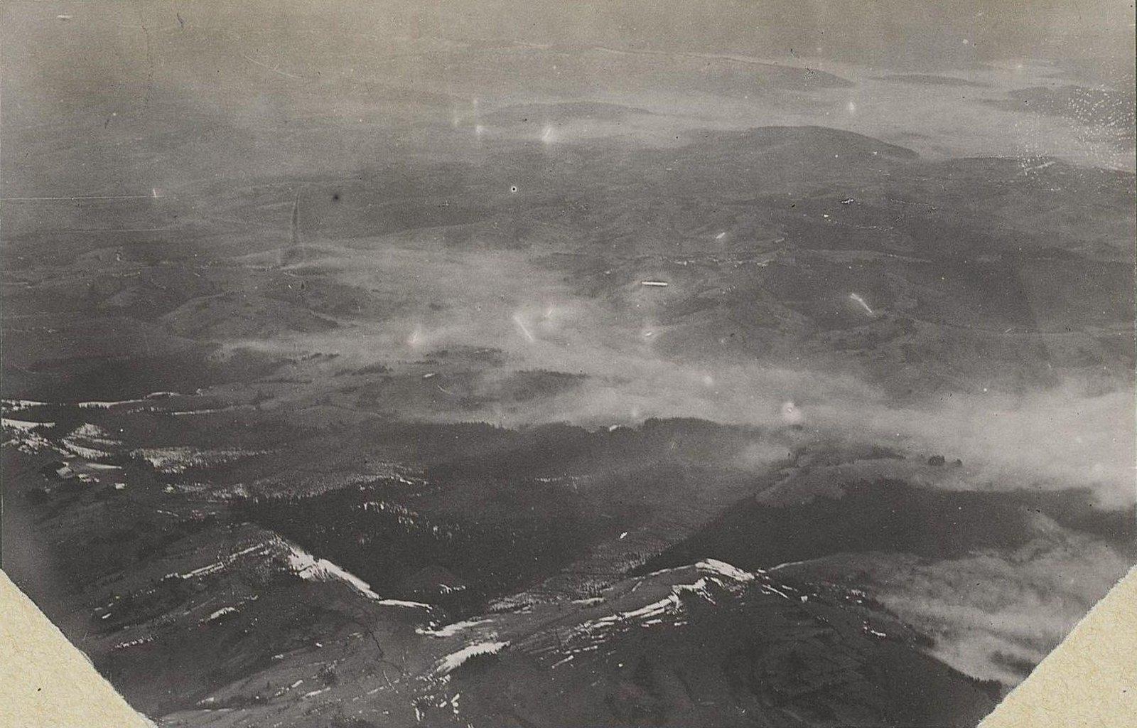 15. Долина р. Стыри в тумане. Снято с аэроплана