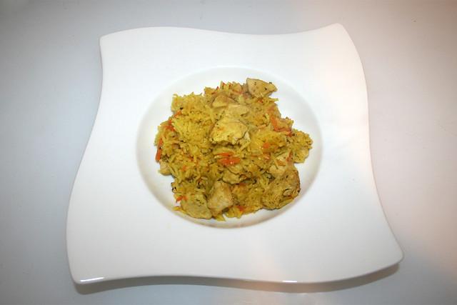 33 - Chicken rice casserole - Served / Hähnchen-Reis-Auflauf - Serviert