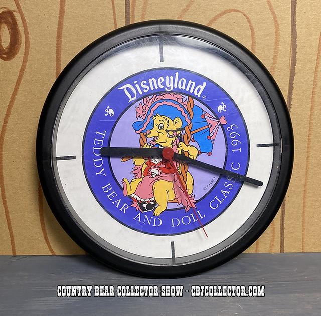 1993 Disneyland Teddy Bear Classic Teddi Barra Clock - CBCS #246