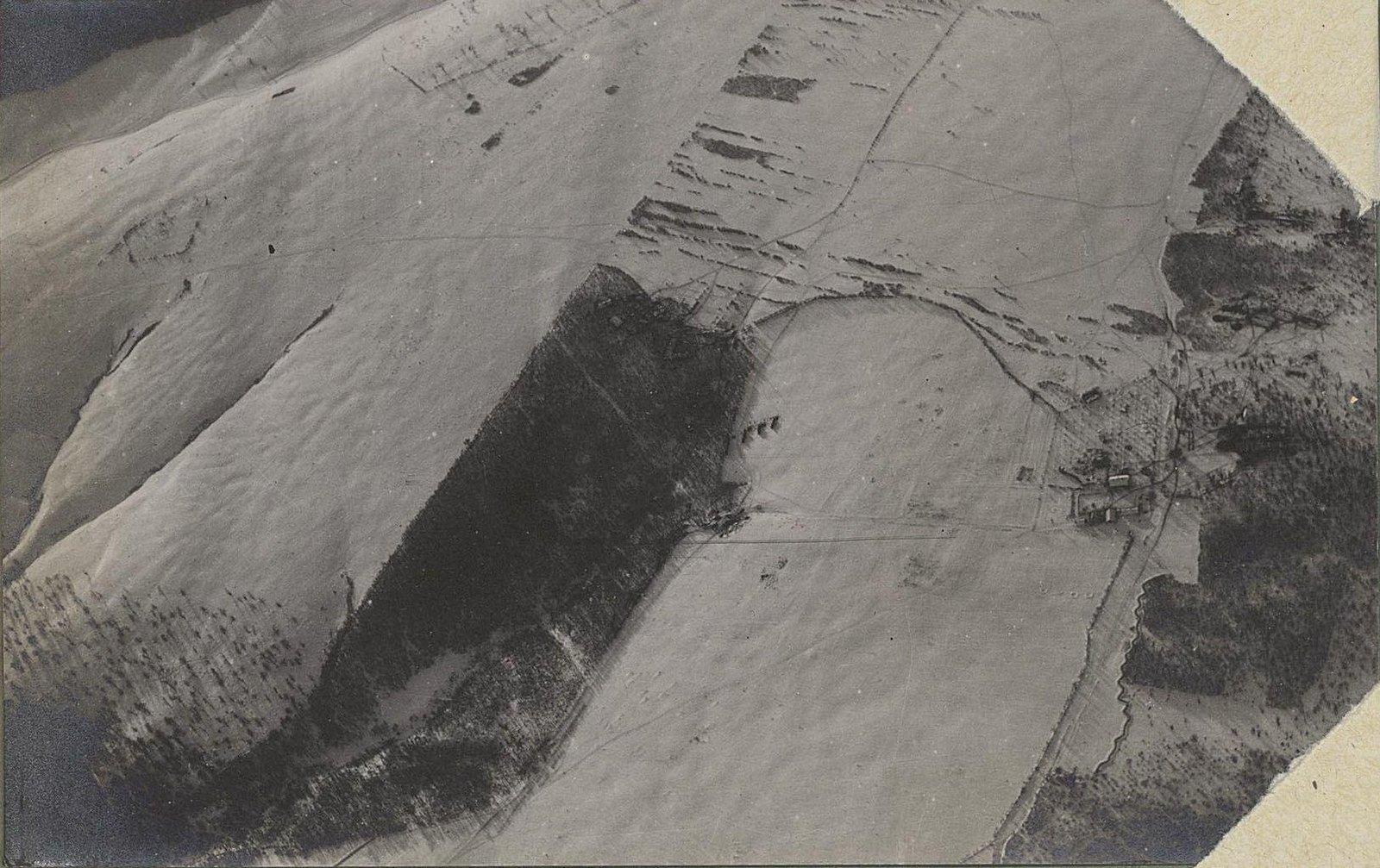 12. Австрийские окопы. Снято с аэроплана зимой