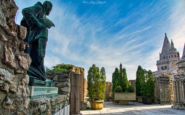 The Statue of Julianus & Gerhardus