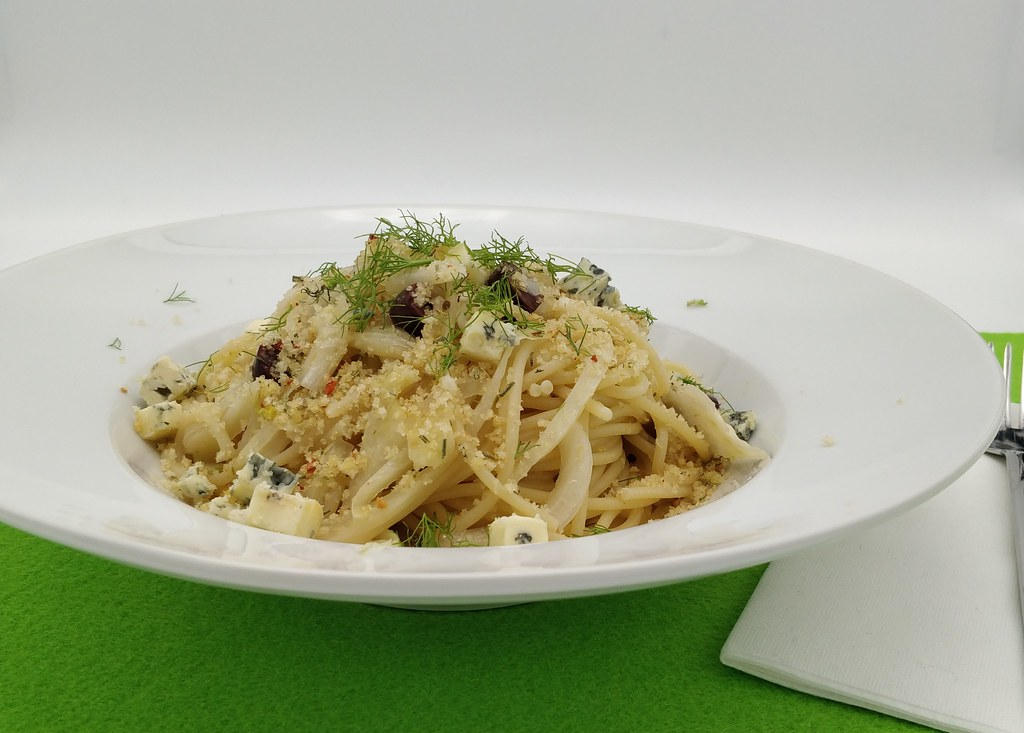 Spaghetti mit geschmortem Fenchel
