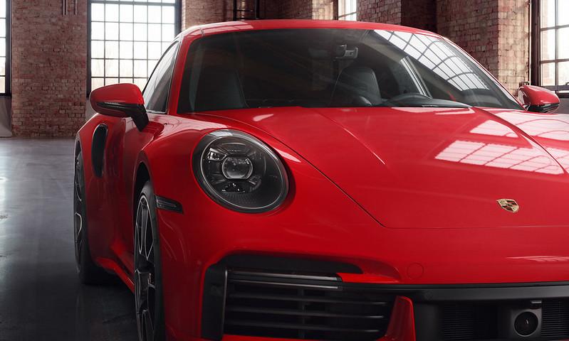 Porsche-911-Turbo-S (1)