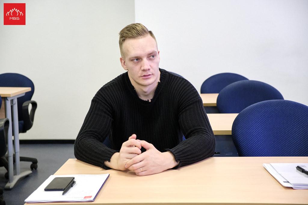 Работа директор клуба москва ночной охранник в клубе в москве