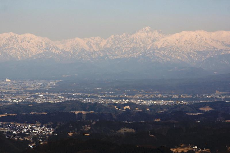 牛嶽スキー場からの立山連峰