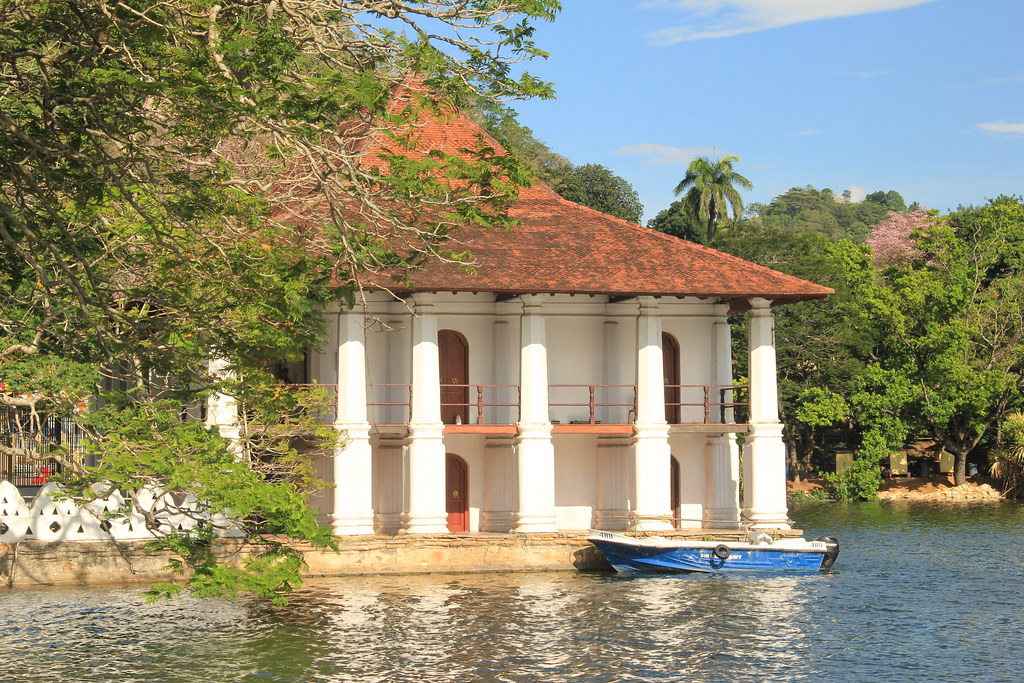 The Queen's Pavillion, Kandy Lake.