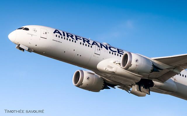 CDG | Air France Boeing 787-9 Dreamliner | F-HRBF