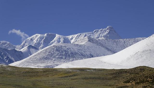 Mt Nyenchen Tanglha, Tibet 2019