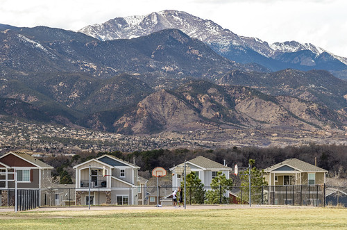 colorado pikespeak canon7dmarkii ef24105mm coloradosprings outdoors outside basketball people playing scenic mountain neighborhood landscape
