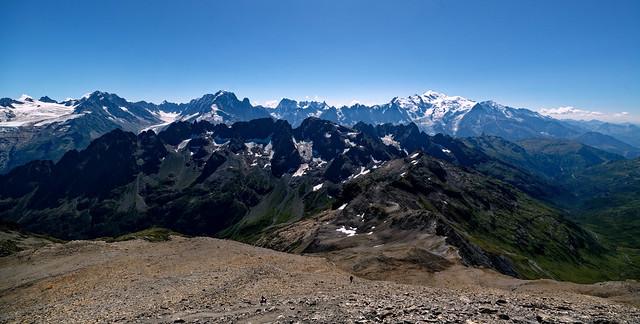 Vue sur le mont blanc lors de l'ascenssion du Mont Buet