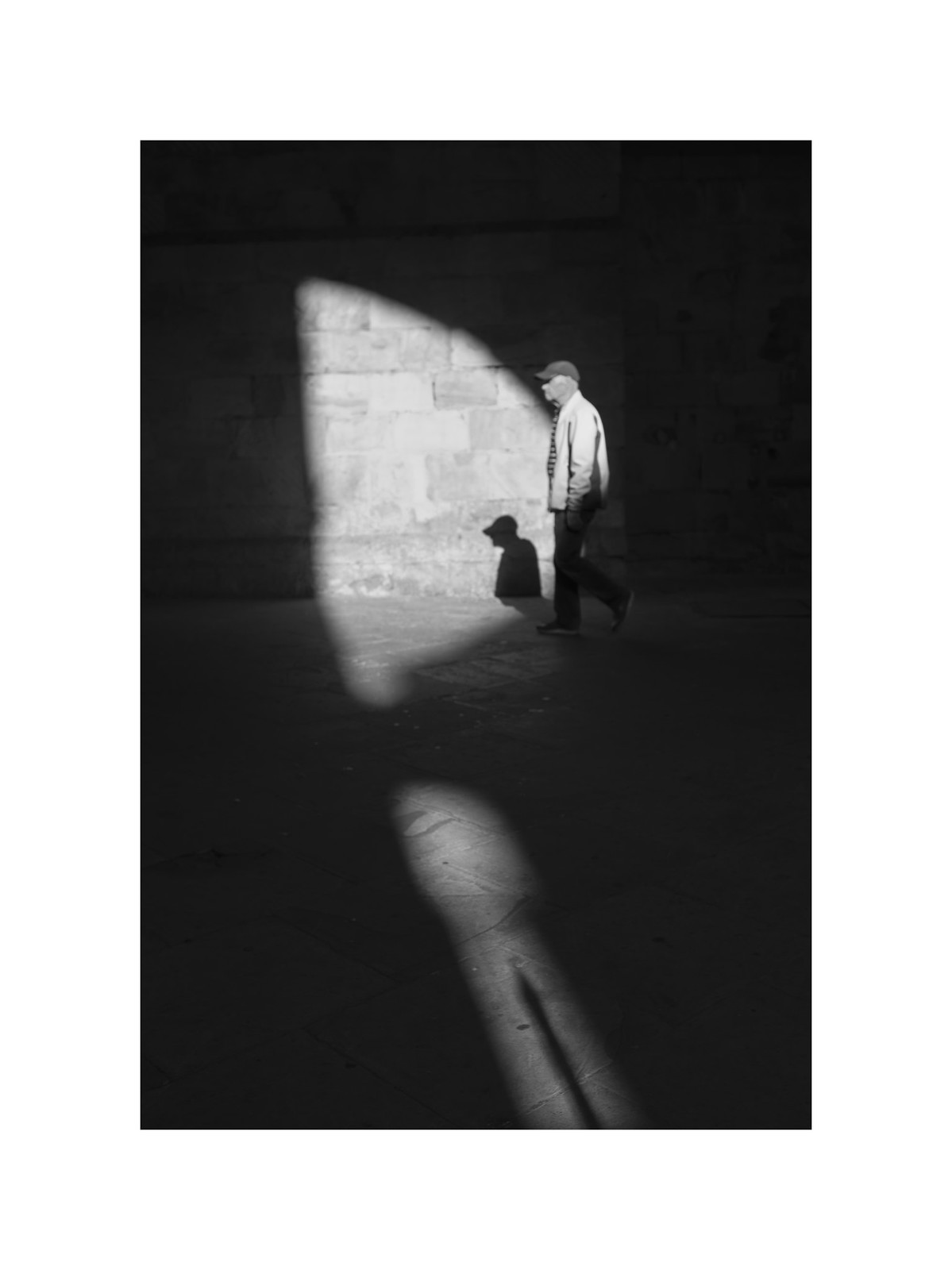 Light and shadow in Bilbao