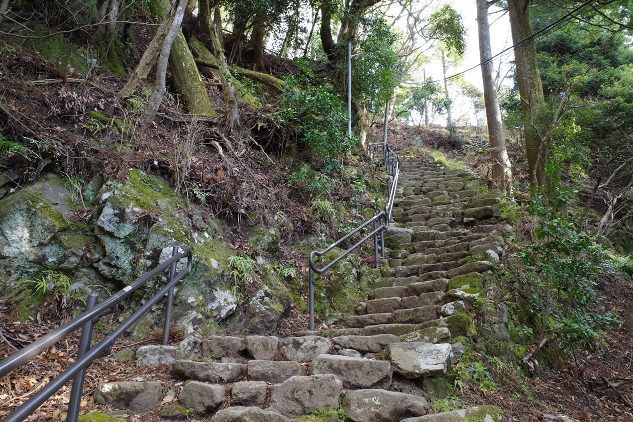 大山・女坂の階段