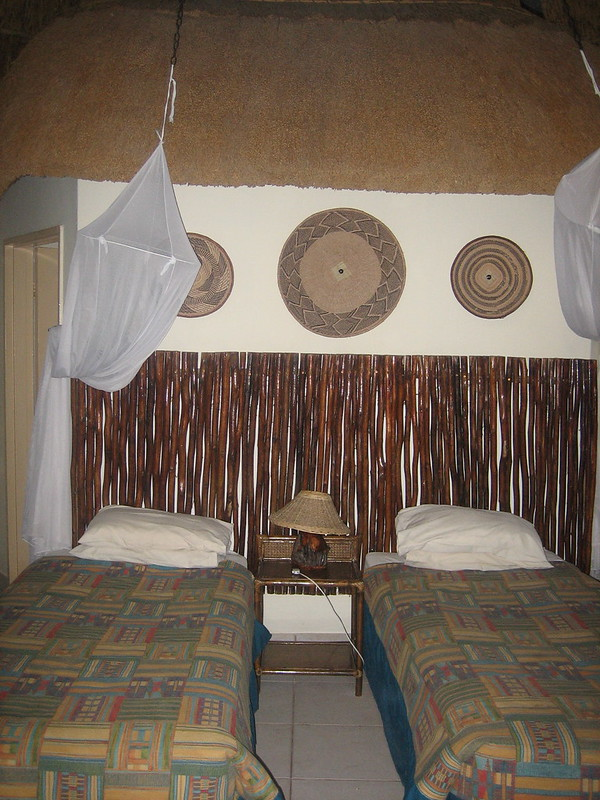Chobe-lodge-interno-bungalow