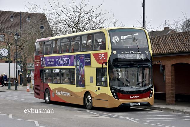 East Yorkshire 921, YX69NMZ.