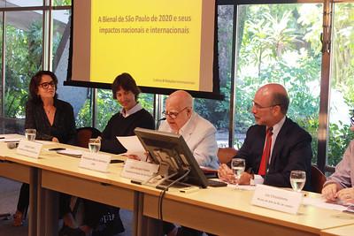 """Mesa-redonda """"A Bienal de São Paulo de 2020 e seus impactos nacionais e internacionais"""""""