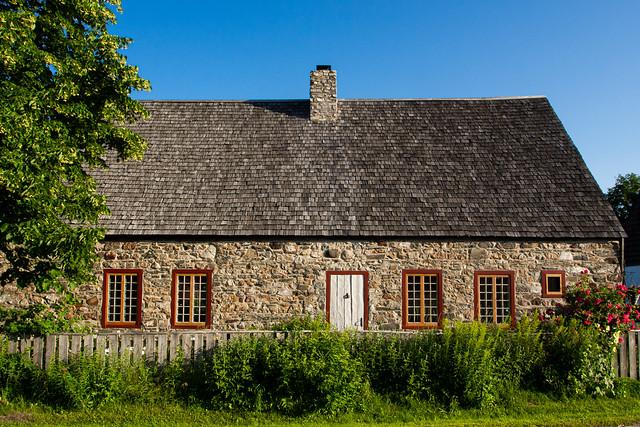 Ancestral Home (1725)