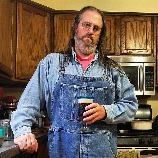 Lord, what a week...but I made it. Time to hole up. I have overalls and beer and Chinese takeout on the way. Be well, y'all! #peace #overalls #dungarees #biboveralls #vintage #oldnavy #oldnavyoveralls #denimoveralls #overallsarelife #vintageoveralls #doub
