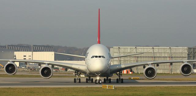 Qantas, VH-OQL, MSN 0074, Airbus A 380-842, 23.11.2011,  XFW-EDHI, Hamburg Finkenwerder (Named: Phyllis Arnott)
