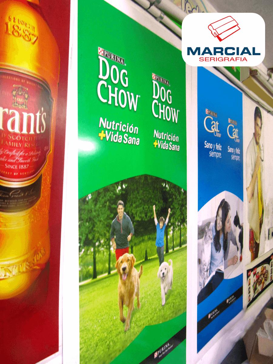 Cartel de Dog Chow impreso en cuatricromía por Marcial Serigrafía.