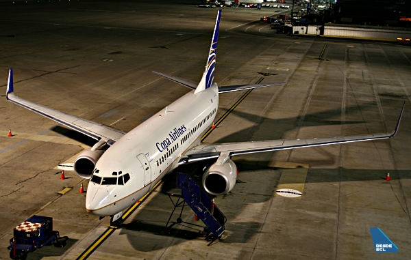 COPA Airlines B737-700 rampa SCL (A.Ruiz)
